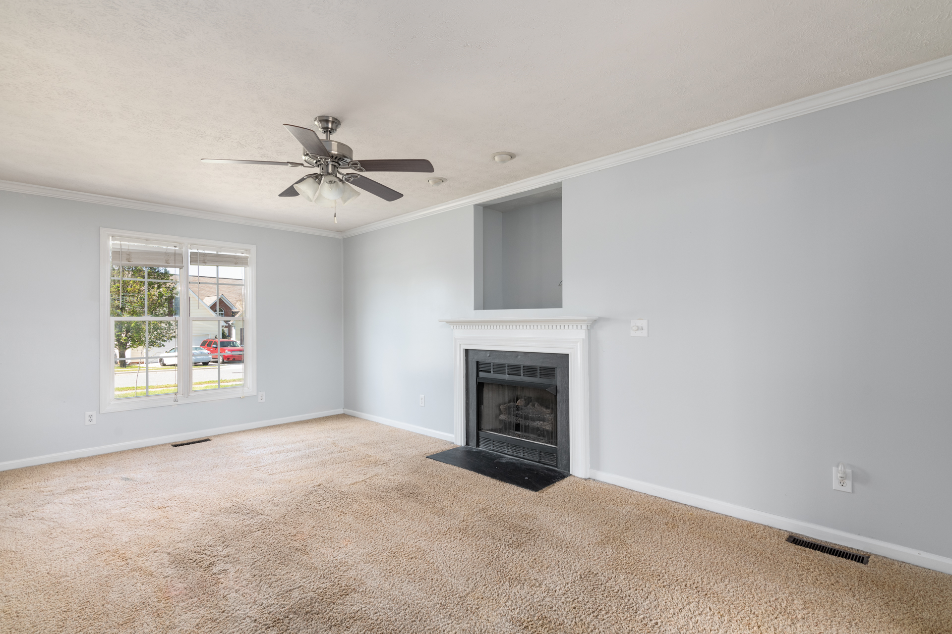 Real Estate images
