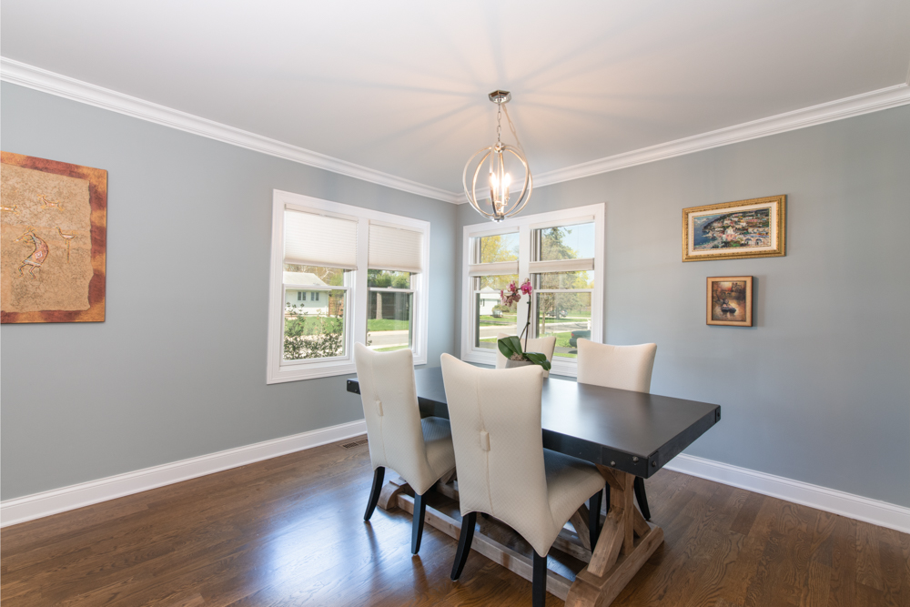 real estate dining room pics
